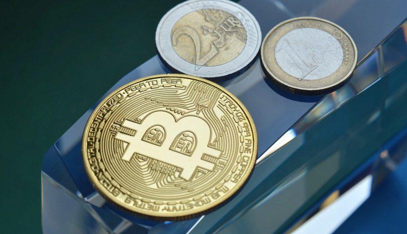 Bitcoin jagt nach neuer Rallye, XRP bleibt über USD 1,50